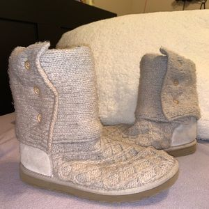 Ugg tan sweater boots
